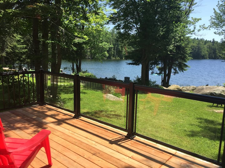 Bonnie Lake Waterfront Cottage - Bracebridge