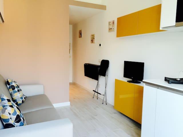 Brand new studio apartment in Brera