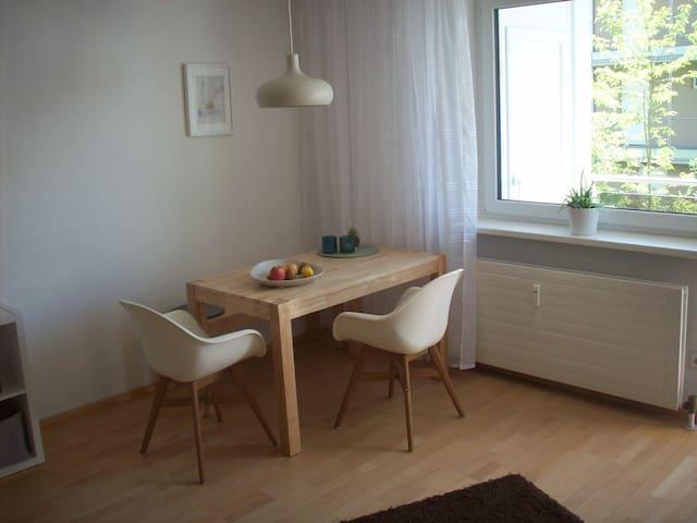 Helle, freundliche 1-Zimmer-Wohnung in super Lage