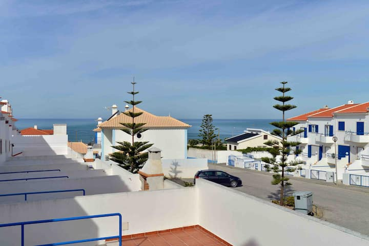 Large Ericeira House with Terrace
