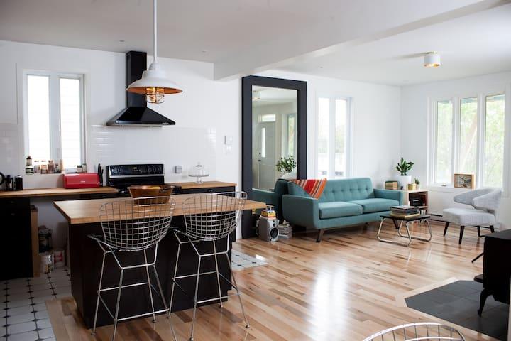 Comfortable & spacious house - Québec - Hus