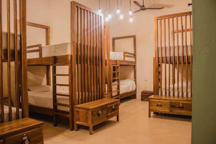 Room Los Nietos