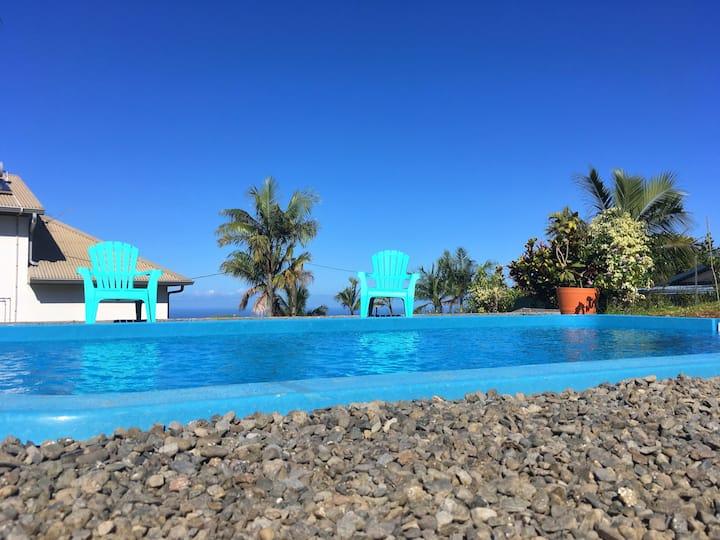 La case Vétyver piscine chauffée