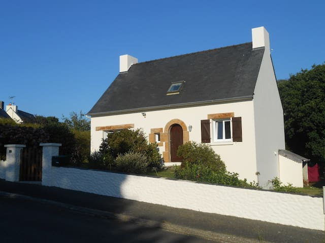 Beautiful house on Brittany coast - Ploulec'h - Hus