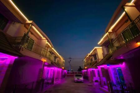 泰国芭提雅pink house  网红别墅