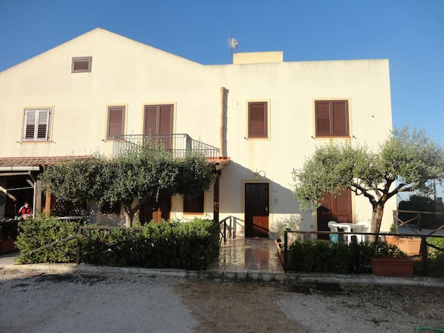 Torre Sances Holiday Apartment - Marsala - Semesterboende