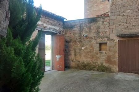 Masia de piedra - Casserres - Casa