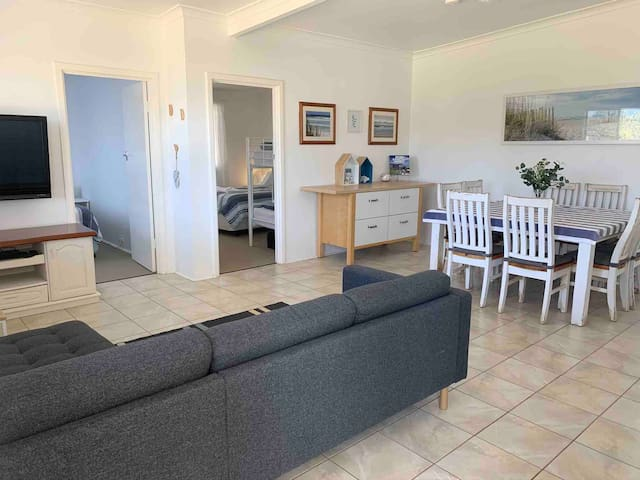 SALTY SHACK LANCELIN 2.0 TWO BEDROOM