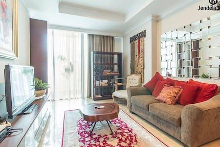 Large Indonesian Designed Apartment - Senopati - Kebayoran Baru - Daire