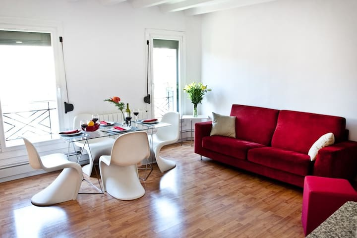 Eixample Centric Home