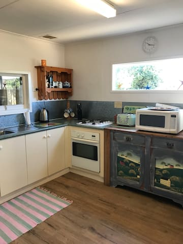 Fully equipped kitchen with bread maker and coffee machine