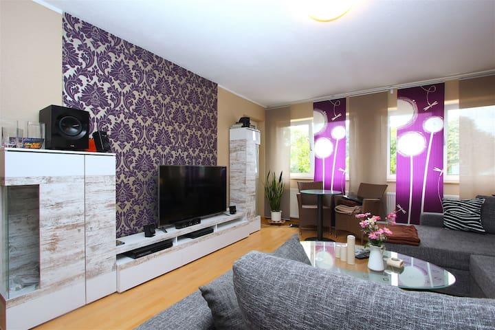 ID 6095 | 3-room-apartment wifi - Laatzen - Apartamento