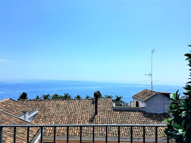 Villa perto da vista para o mar Etna até Taormina!