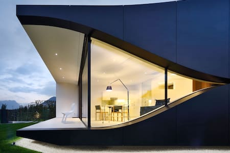 Mirror House South - Bolzano