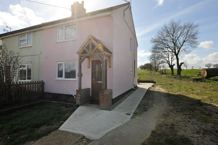 Lilac Cottage - Middleton - Ev