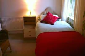 Picture of Pretty, Quiet Ensuite Single Room