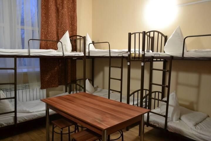 Кровать в общем 8-м.номере (География успеха)