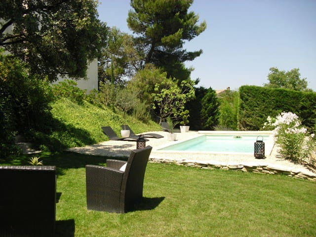 Villa by Aix en Pce and Luberon - Peyrolles en Provence - House