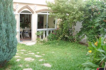 House for family holiday - Villanueva del Rosario - 独立屋