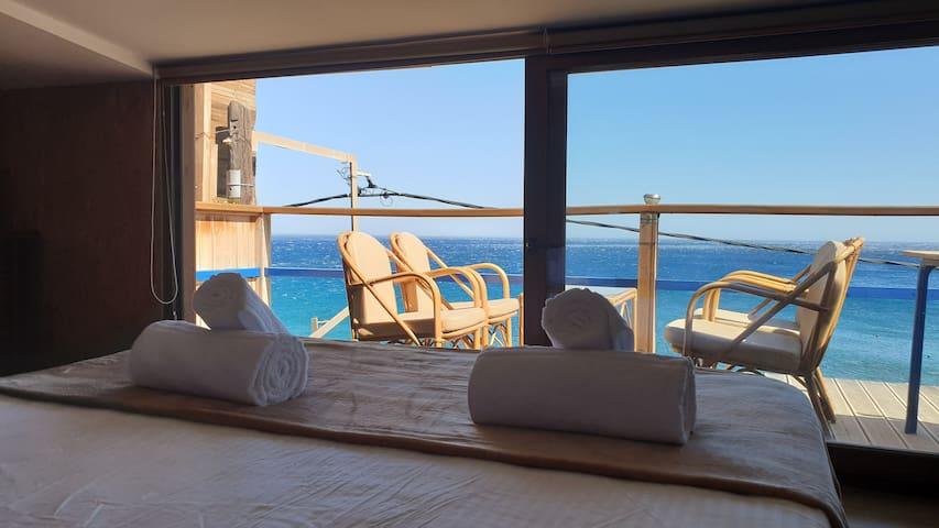 Alexandra Luxury Apt On The Sea * South Crete