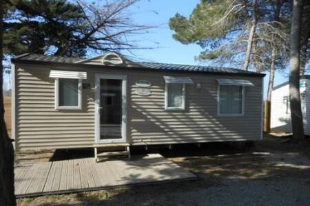 MOBILHOME 6 PERS. CAMPING 4* 190 €