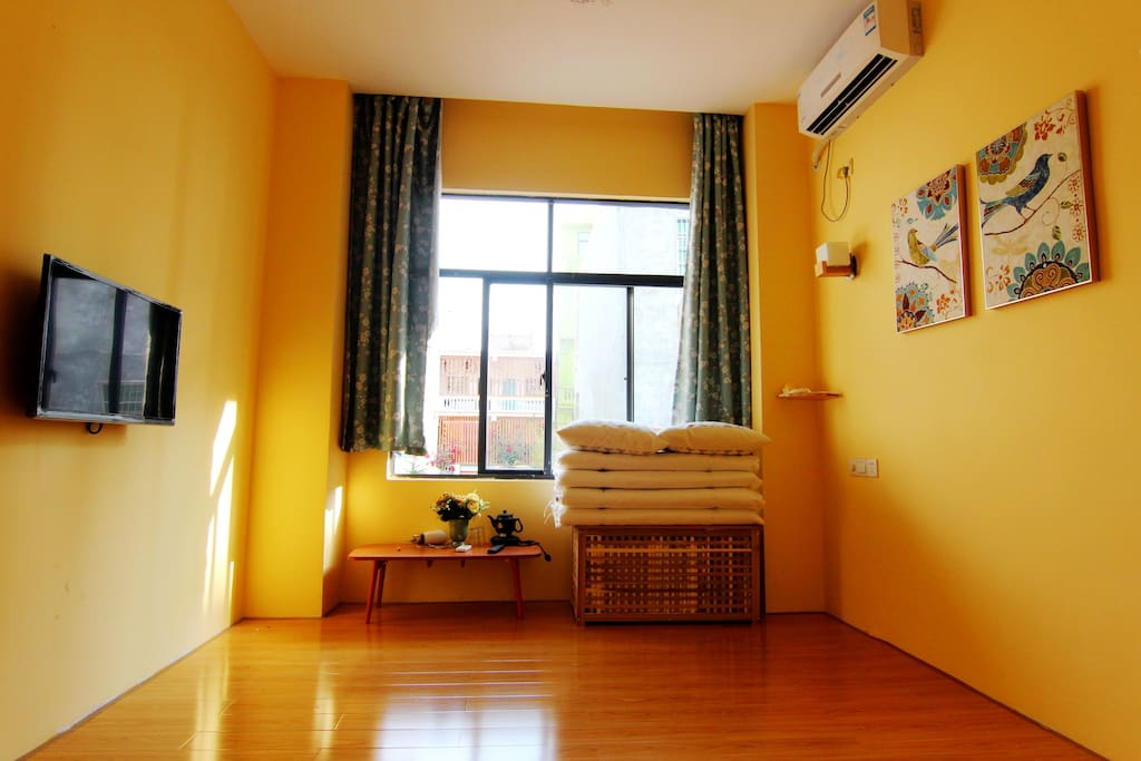 房间配备电视、空调和免费wifi