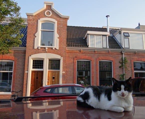 Karakteristieke schipperswoning nabij centrum - Groningen - Hus