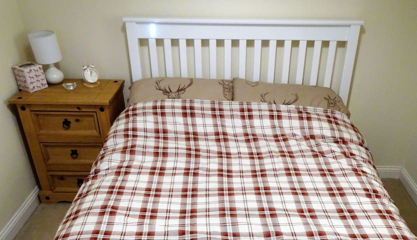 Double Bed, Loch Lomond