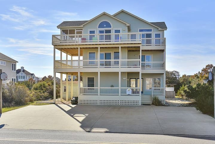 1345 Sundancer * 4 Min Walk to Beach * Dog Friendly * Pool & Hot Tub
