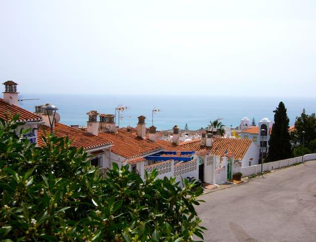 Chalet adosado cerca de la playa - La Cala del Moral - Casa