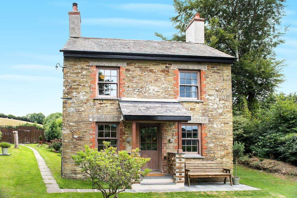 Trengrove Cottage.