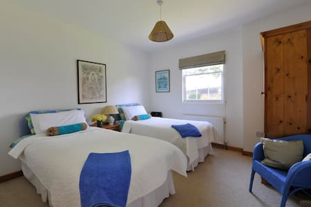 Airy light apartment for 4 people - Heacham