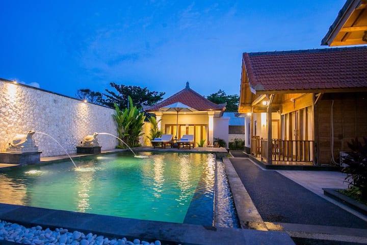Manik Pandawa is unik wooden elegant villa