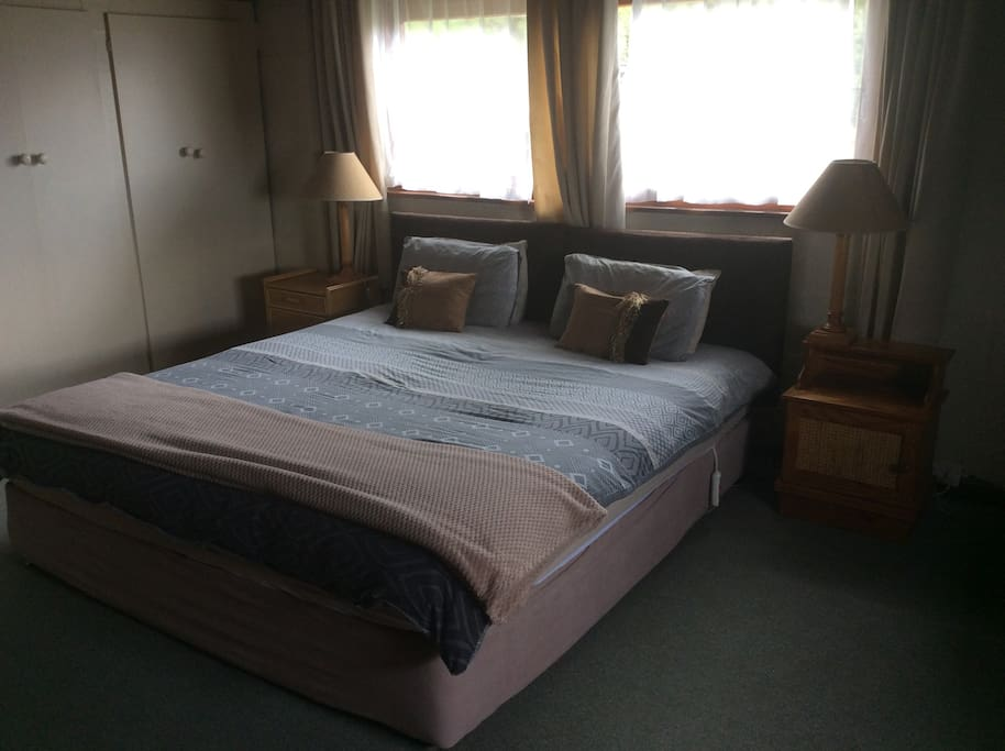 The main king size room upstairs