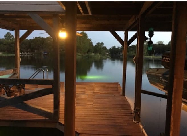 New - Lake House &  Outside Activities for all.