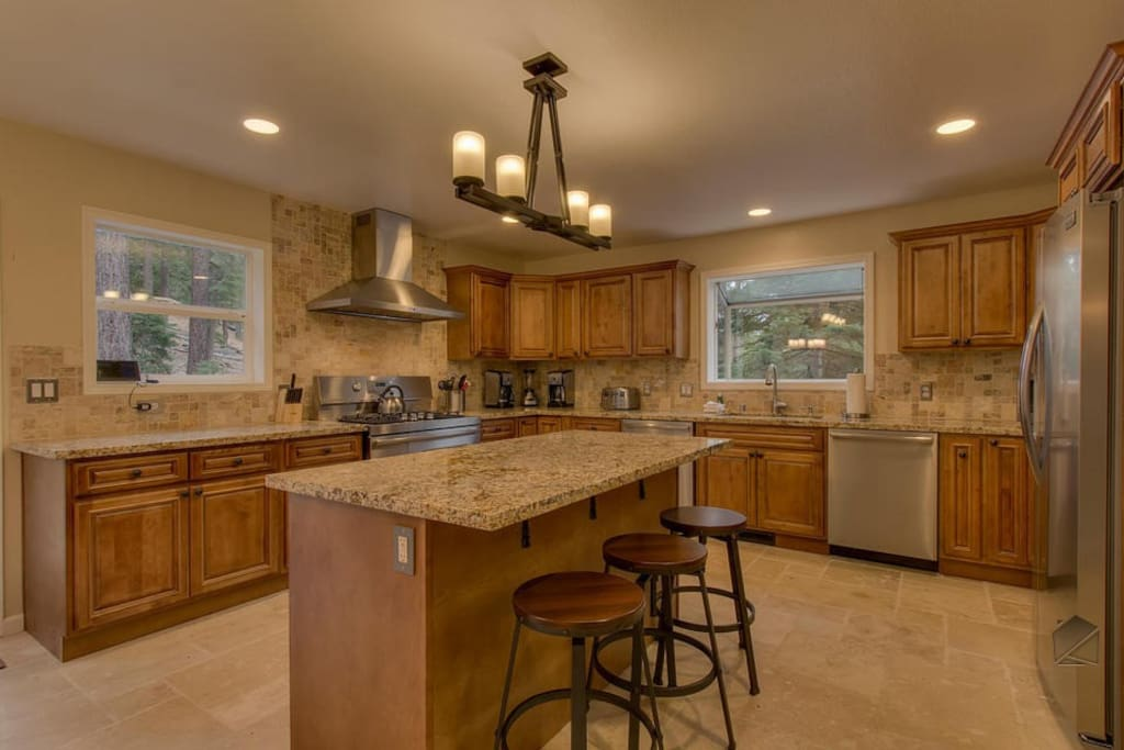 The large, modern kitchen has plenty of space for you and a few Sous Chefs to prepare holiday meals