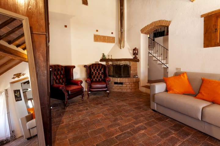 Christian Apartment - Buonconvento