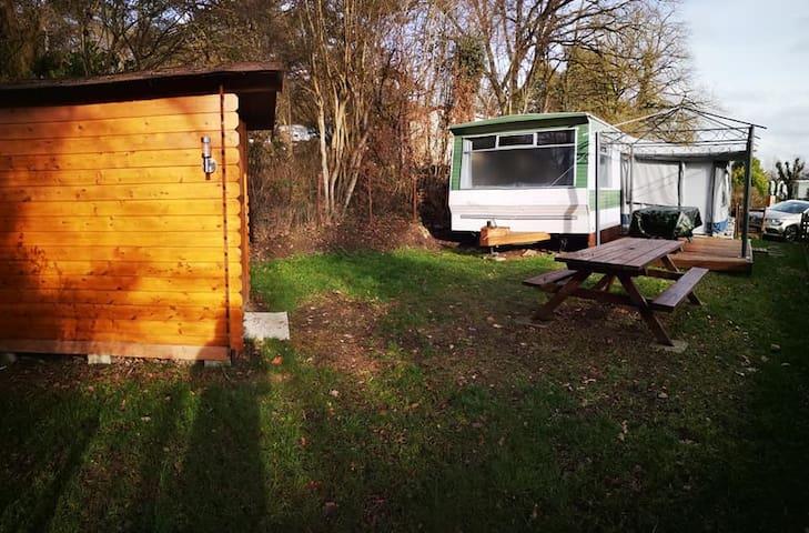Mobil-home confort privé camping le Roptai