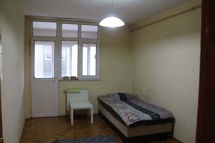 Levent, relax room with a balcony - Istanbul - Pis