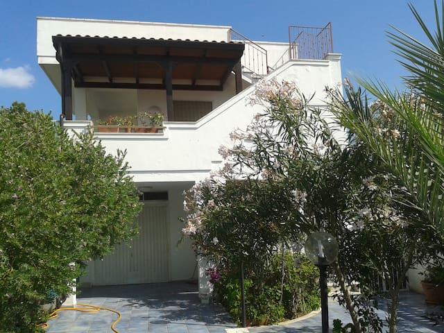 Villa vacanza in Salento (1° piano) - Presepe - Daire