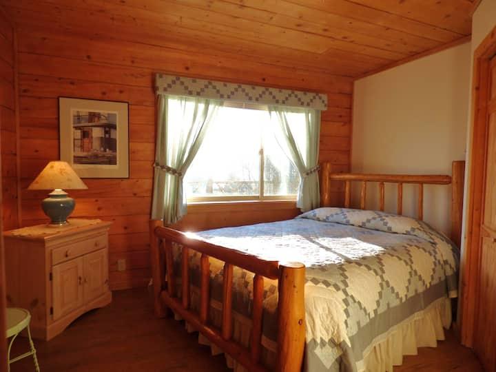 K Bay Room at Juneberry Lodge