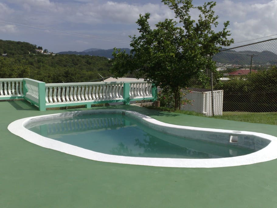 Belle Kaye Apartments & Villa Swimming Pool