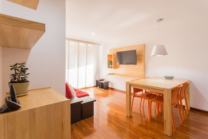 Modern 2/2 Flat at Castropol - Awesome location