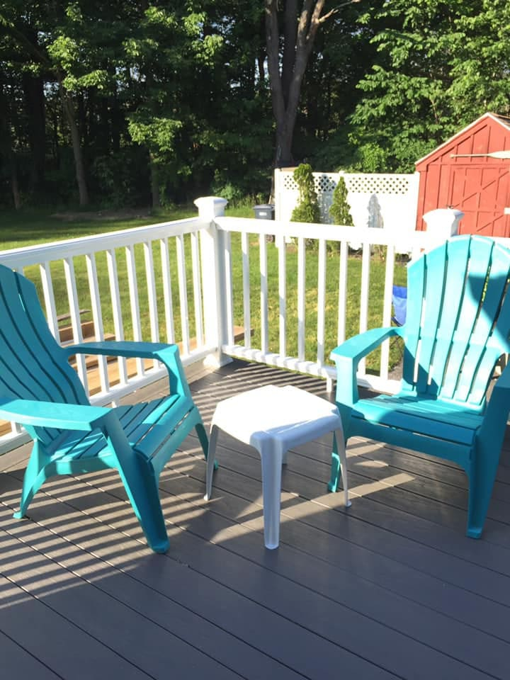 Relax and enjoy the deck and surrounding conservation land.  Hear the owls, Pileated Wood Peckers, occasional coyotes and see fireflies dance at night.