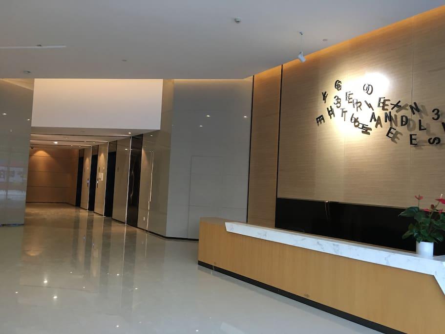 进门厅电梯厅