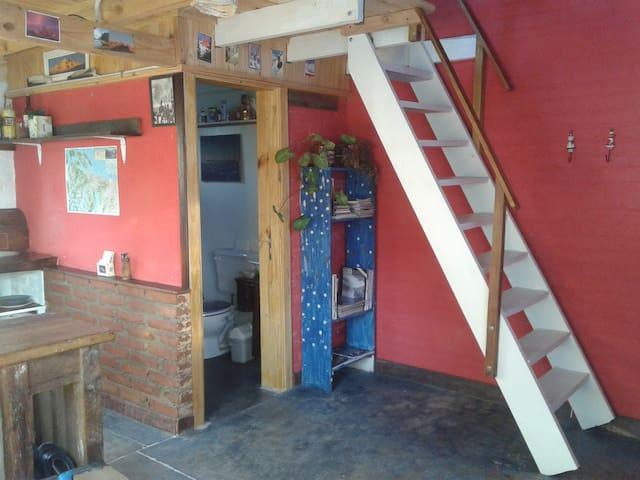 Alegre y luminosa casita entre las montañas - San Carlos de Bariloche - Rumah