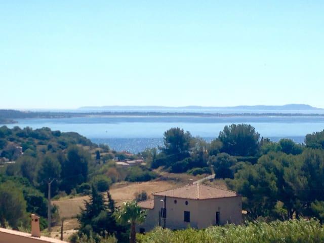 Villa avec vue mer exceptionnelle - Promo mai - Carqueiranne - House