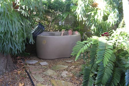 Villa w/private jungle Hot Tub   - Sarasota