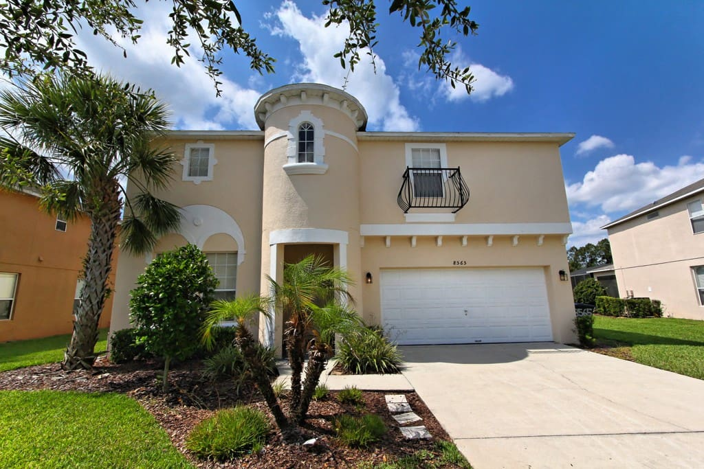 This stunning seven bedroom estate home in Emerald Island resort is the perfect location for your next trip to Walt Disney World® Resort and the theme parks of Orlando.