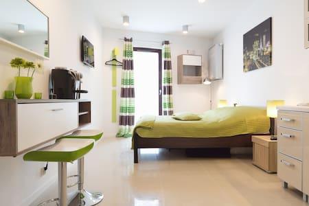 Apartament a-GREEN - Metro Młociny - Apartment